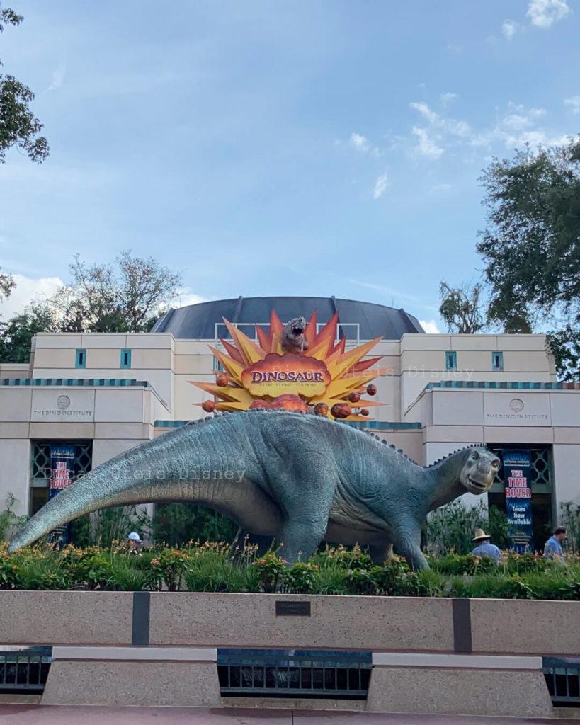atrações mais concorridas no Animal Kingdom Dinosaur