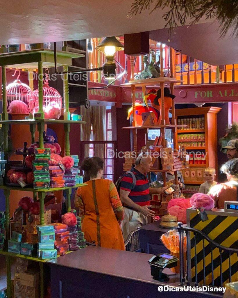 Como-e-area-harry-potter-beco-diagonal-weasleys-wizard-wheezes-universal-studios-dicas-uteis-disney