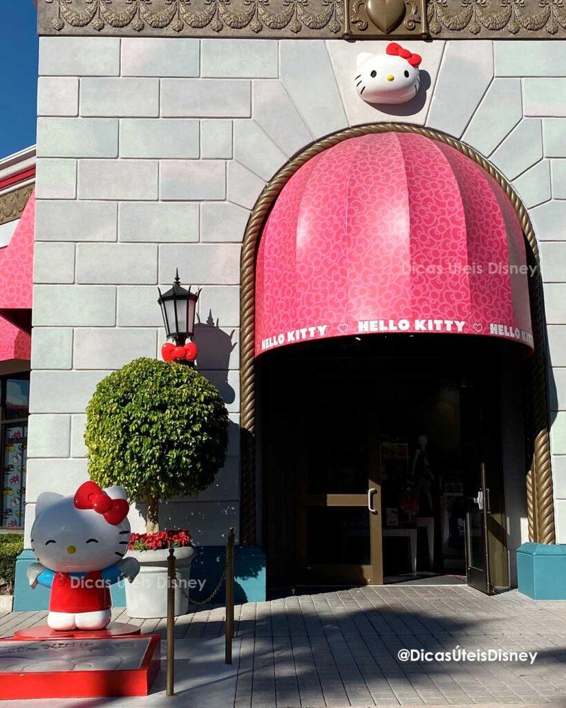 Como são as áreas de Hollywood e World Expo da Universal Studios  loja Hello Kitty