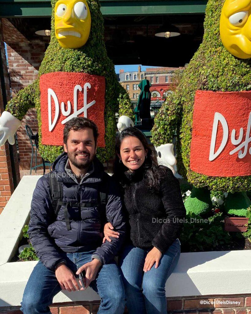 Como é a área dos Simpsons no parque Universal Studios Duff Beer