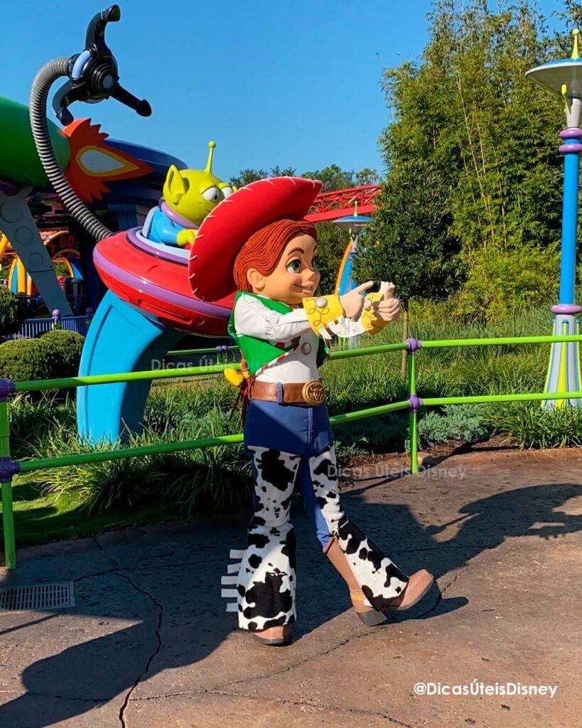 Como é a área Toy Story Land no Hollywood Studios personagem jessy