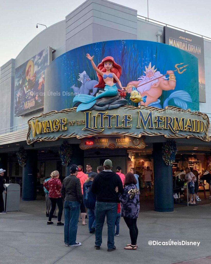 Como é a Animation Courtyard no Hollywood Studios atraçao pequena sereia