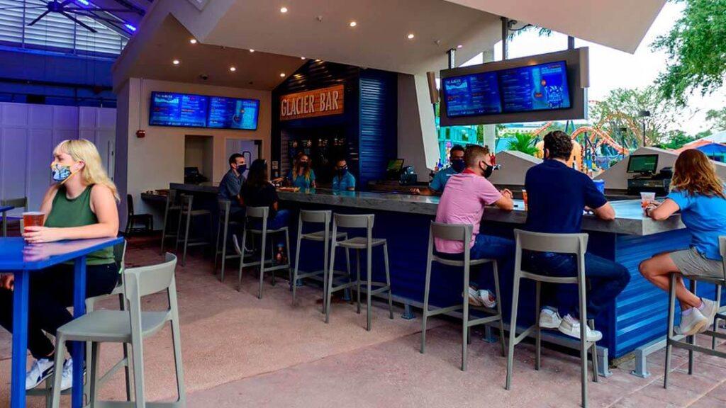 Como-e-area-ice-breaker-seaworld-restaurante-glaciar-bar-dentro-dicas-uteis-disney