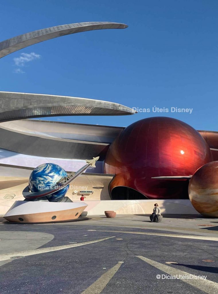 como-e-area-future-world-east-epcot-mission-space-dicas-uteis-disney